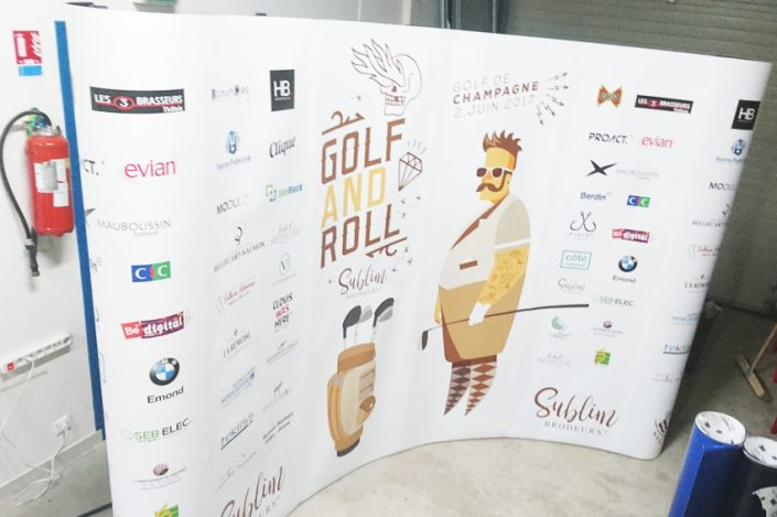 photocall photowall signalétique communication displays bâche grand format golf and roll