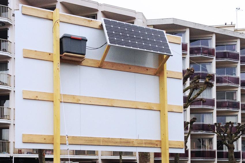 Panneau immobilier lumineux auto aliment nergie solaire for Panneau publicitaire garage automobile
