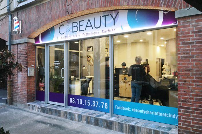 enseigne lumineuse rail lumineux décoration vitrine adhésif C & Beauty signalétique communication publicité