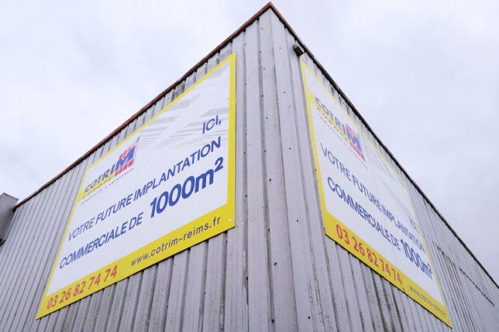 panneau immobilier entreprise cotrim europe signalétique communication publicité
