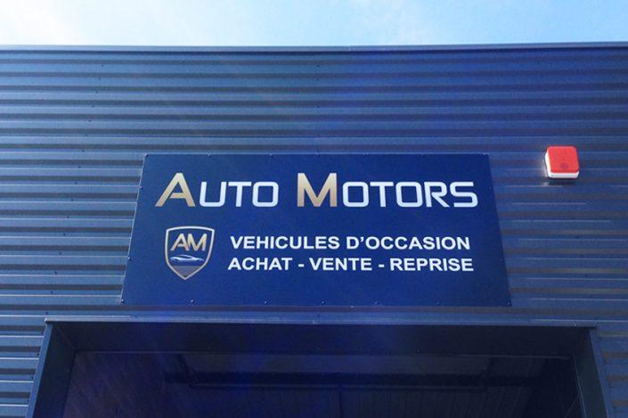 réalisation pose enseigne non lumineuse panneau dibond auto motors automobile signalétique impression communication publicité