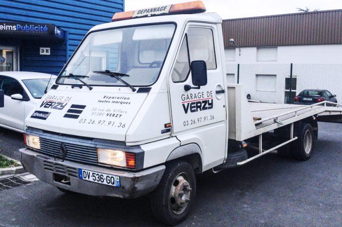 marquage véhicule dépannage adhésif garage de verzy communication publicité