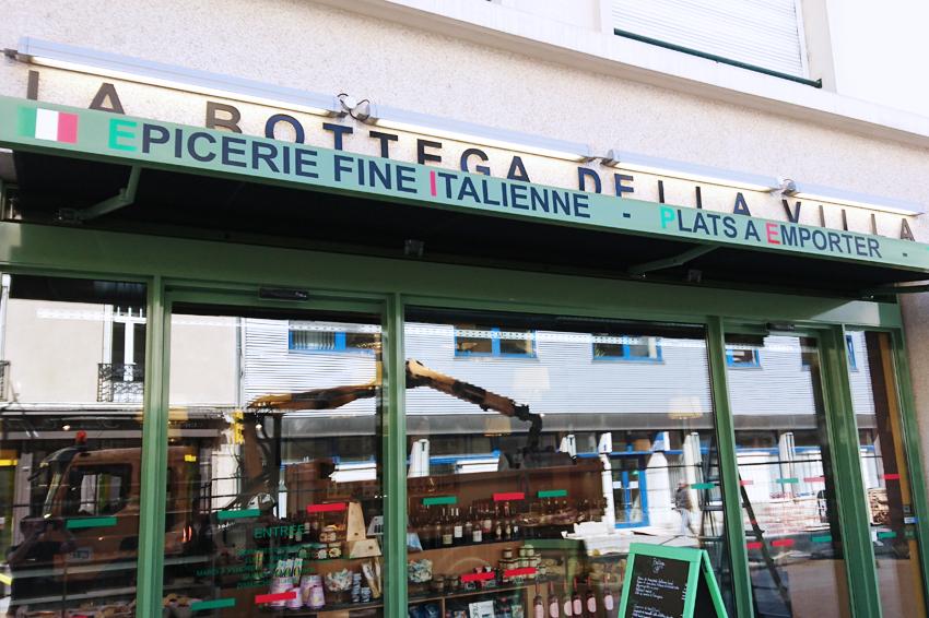 enseigne lumineuse lettrage relief rampes d'éclairage la bottega della villa signalétique communication publicité