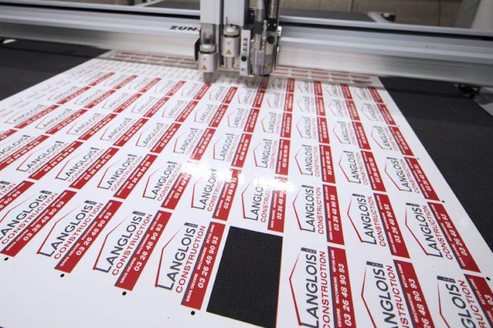 stickers découpe zund fraisage zundcutter vinyle langlois construction autocollants communication publicité