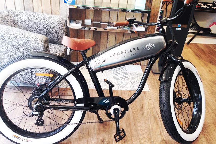marquage adhésifs vélo lunetiers & créateurs opticien signalétique communication publicité