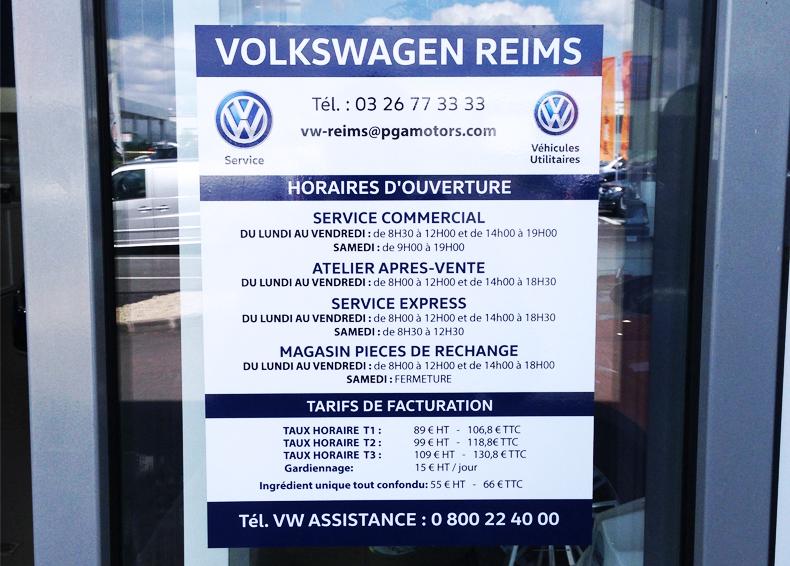 adhésif porte horaires volkswagen reims signalétique communication publicité accueil client