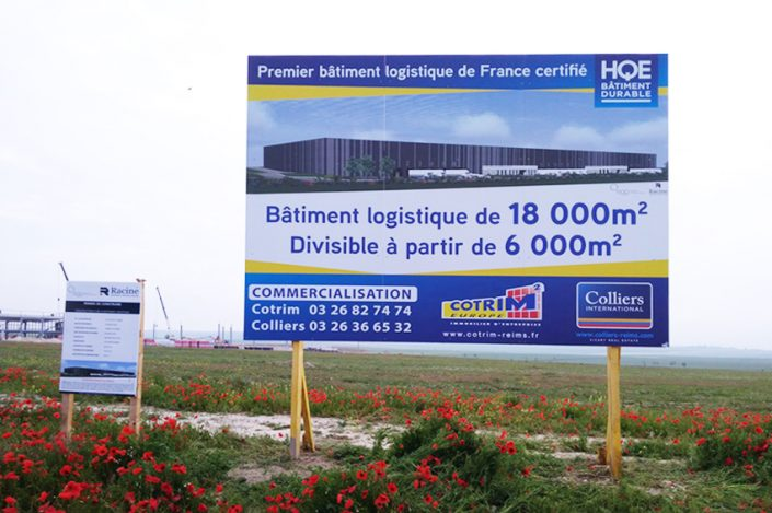 panneau grand format 4x3m cotrim europe colliers international immo immobilier signalétique communication publicité