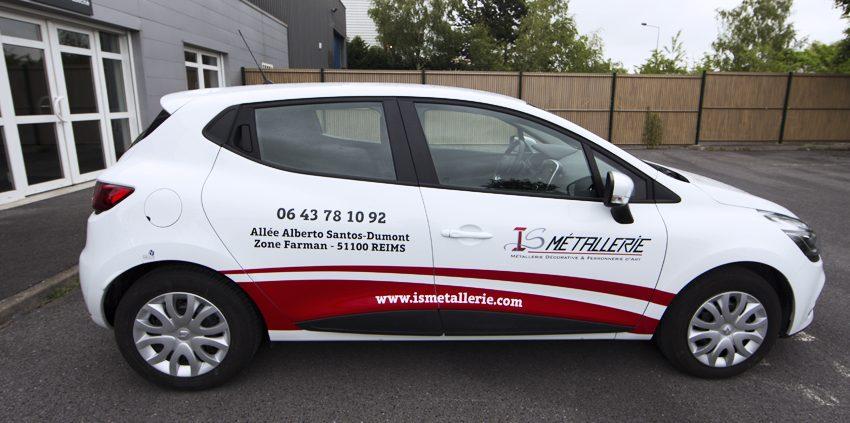 marquage véhicule voiture covering partiel semi covering adhésifs is métallerie communication reims publicité