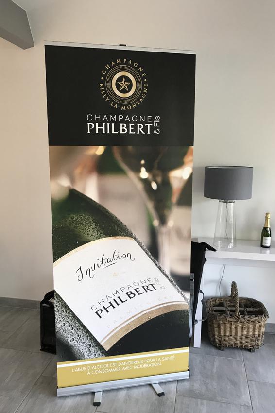 réalisation d'un roll-up maison de champagne philbert et fils signalétique communication publicité