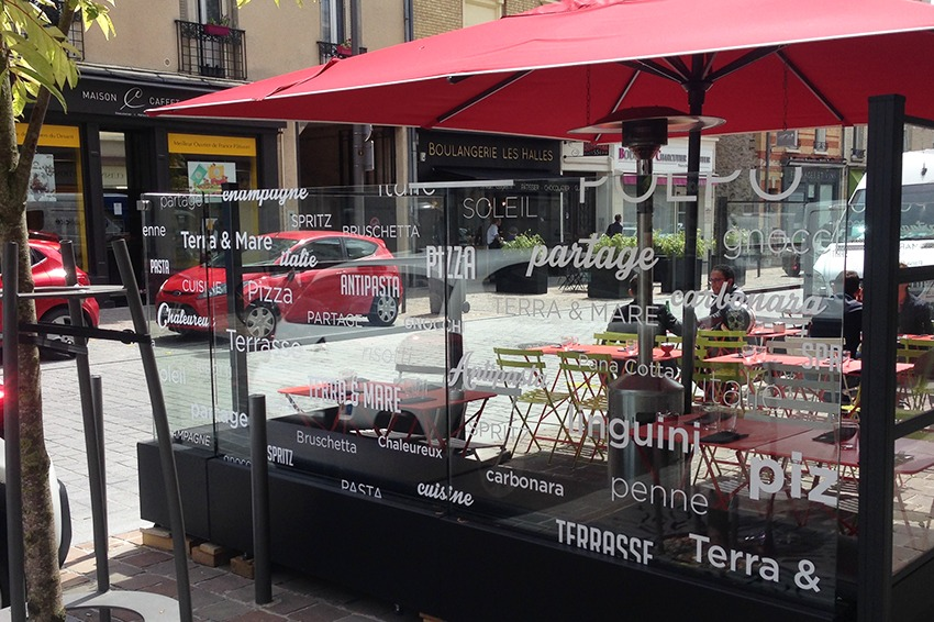 marquage vitres restaurant italien bottega della villa reims adhésif